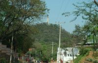 101.-cerro-lambare.-entrada-al-cerro-poty